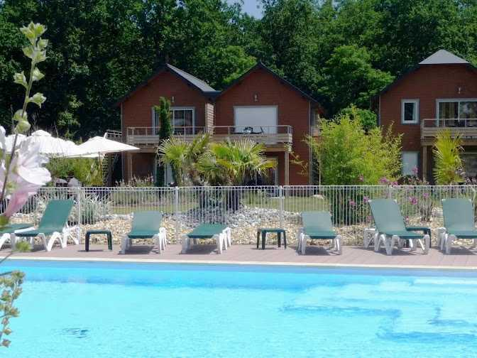 Appart h tel relais du plessis in richelieu hotels for Site appart hotel