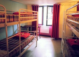 Young & Happy Hostel