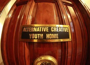 Alternative Creative Youth Home Hostel Barcelona