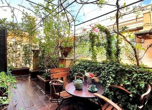 Spanish Steps Terrace Jacuzzi Apartment