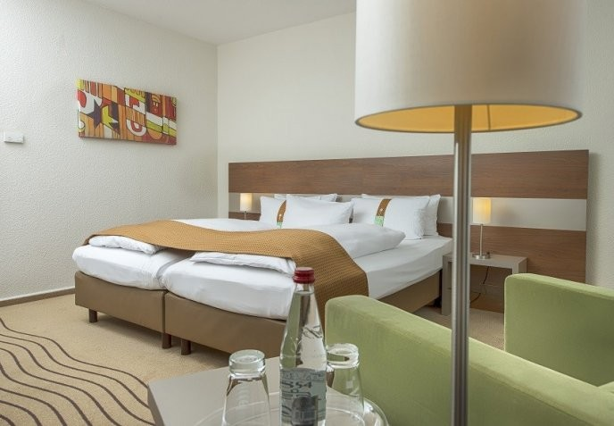 holiday inn berlin city east landsberger in berlin hotels. Black Bedroom Furniture Sets. Home Design Ideas